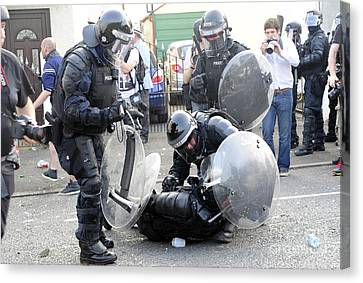 Loyalist Protesters Attack Police Lines Canvas Print