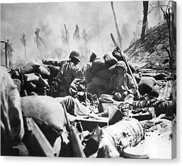 Marines Fight At Tarawa Canvas Print by Underwood Archives