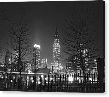 Midtown Manhattan At Night Canvas Print by Underwood Archives