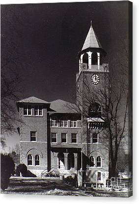 Monkey Trial  Courthouse Canvas Print by   Joe Beasley