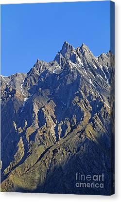 Mountains Of The Karakoram Canvas Print by Robert Preston