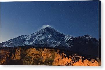 Night Sky Over Mount Damavand Canvas Print