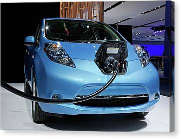 Nissan Leaf Electric Car Canvas Print by Jim West