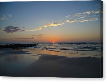 North Wildwood Sunrise Canvas Print by Bill Cannon