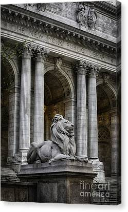 Ny Library Lion Canvas Print by Jerry Fornarotto