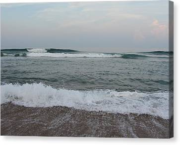 Ocean At Buxton Nc 7 Canvas Print by Cathy Lindsey