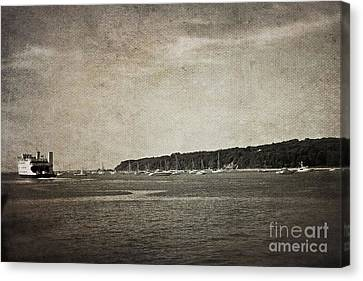 Canvas Print featuring the photograph Off To Connecticut by Paul Cammarata