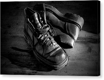 Old Leather Shoes Canvas Print by Fabrizio Troiani