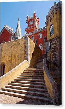 Palacio Nacional Da Pena, Sintra Canvas Print by Susan Degginger