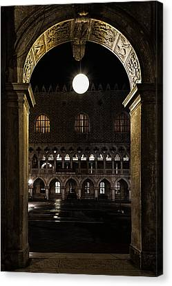 Canvas Print featuring the photograph Piazza San Marco by Marion Galt