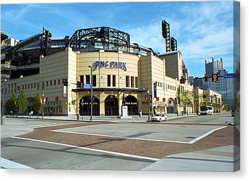 Pnc Park - Pittsburgh Pirates Canvas Print by Frank Romeo