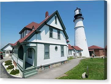 Portland, Maine, Lighthouse Famous Canvas Print by Bill Bachmann