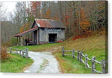 Richland Creek Farm Barn Canvas Print by Duane McCullough