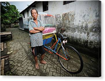 Rickshaw Driver With Leprosy Canvas Print by Matthew Oldfield