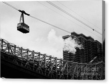 Roosevelt Island Aerial Tram Cable Car And Queensboro Bridge New York City Canvas Print