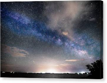 Rural Evening Sky Bwsc Canvas Print by James BO  Insogna