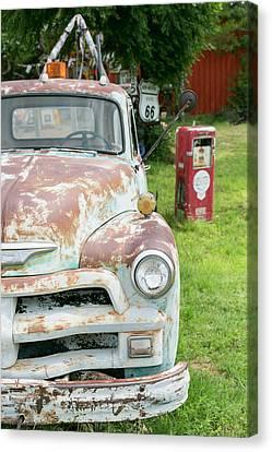 Rusted Antique Automobile, Tucumcari Canvas Print