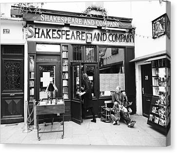 Shakespeare And Company Bookstore In Paris France Canvas Print