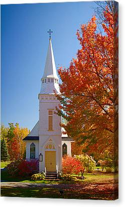 St Matthew's In Autumn Splendor Canvas Print