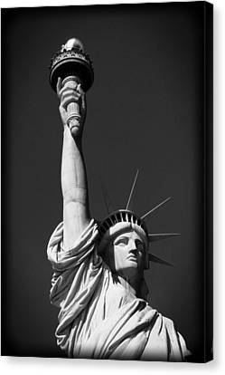 Statue Of Liberty In Black And White Canvas Print
