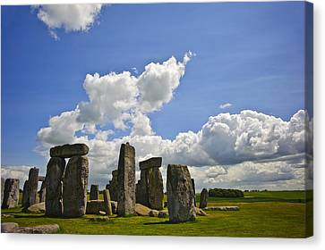 Stonehenge Canvas Print by Matthew Gibson