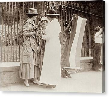 Canvas Print featuring the photograph Suffragettes, 1917 by Granger