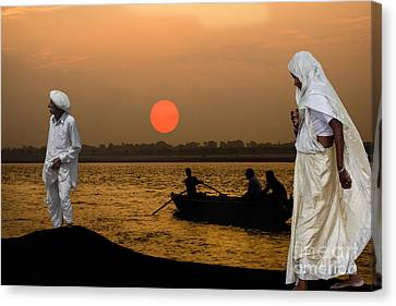 Sunset On Ganges Canvas Print