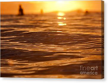 Canvas Print featuring the photograph Surfers Sunset by Paul Topp