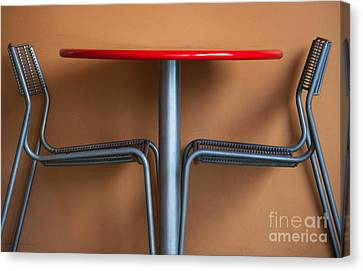 Table And Chairs Canvas Print by Dan Holm