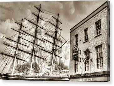 The Cutty Sark And Gipsy Moth Pub Greenwich Canvas Print