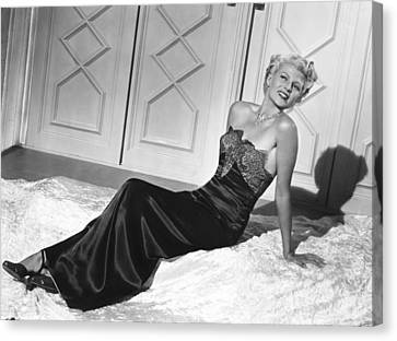 Bare Shoulder Canvas Print - The Lady From Shanghai, Rita Hayworth by Everett