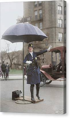 Traffic Cop In Washington D.c., Circa Canvas Print