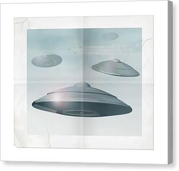Ufo Sighting Canvas Print by James Larkin