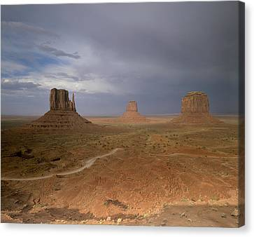 Usa, Arizona, Monument Valley, The Canvas Print by Tips Images