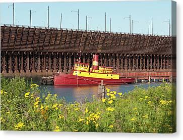 Usa, Minnesota, Two Harbors, Edna G Canvas Print