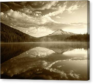 Usa, Oregon, Mount Hood National Canvas Print by Adam Jones
