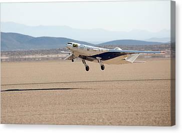 X-48c Blended Wing Body Aircraft Canvas Print by Nasa/carla Thomas