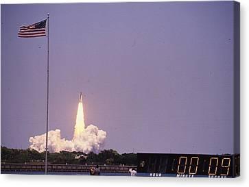 Space Shuttle Challenger  Canvas Print