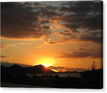 Sunset. Canvas Print by Joyce Woodhouse