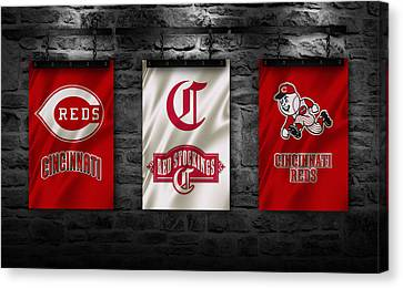 Cincinnati Reds Canvas Print