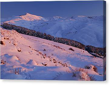 Sierra Nevada Canvas Print by Guido Montanes Castillo