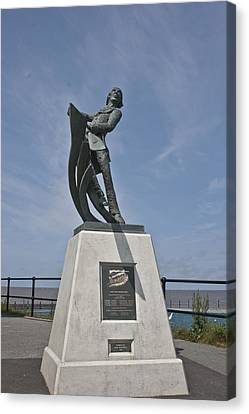 Rnli Memorial Statue Canvas Print