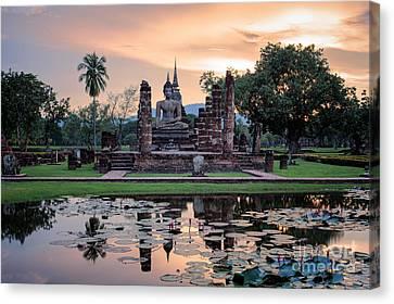 Sukhothai Historical Park Canvas Print by Anek Suwannaphoom