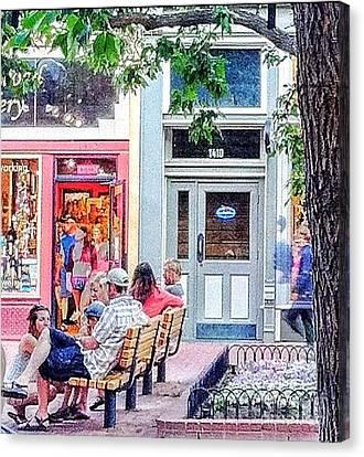 1410 Pearl Street Canvas Print