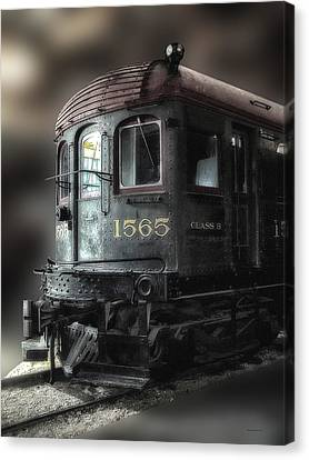 1565 Class B Irm Canvas Print by Thomas Woolworth