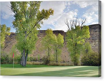 15th Green Morning Canvas Print by Eric Nielsen