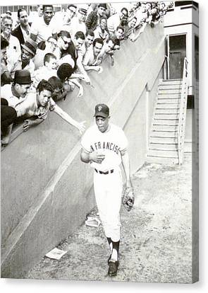 Hall Canvas Print - Willie Mays by Retro Images Archive