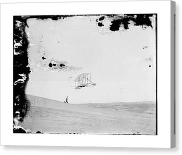 1902 Wilbur Wright Piloting Glider Canvas Print