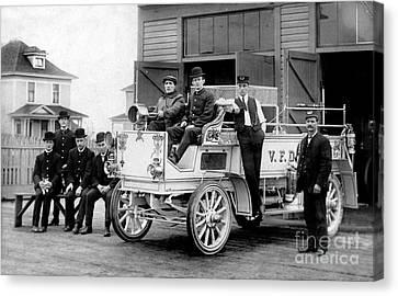 1911 Fire Wagon Canvas Print