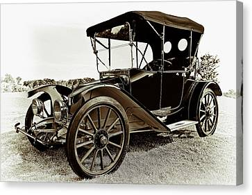 1913 Argo Electirc Model B Roadster Coffee Canvas Print by Marcia Colelli